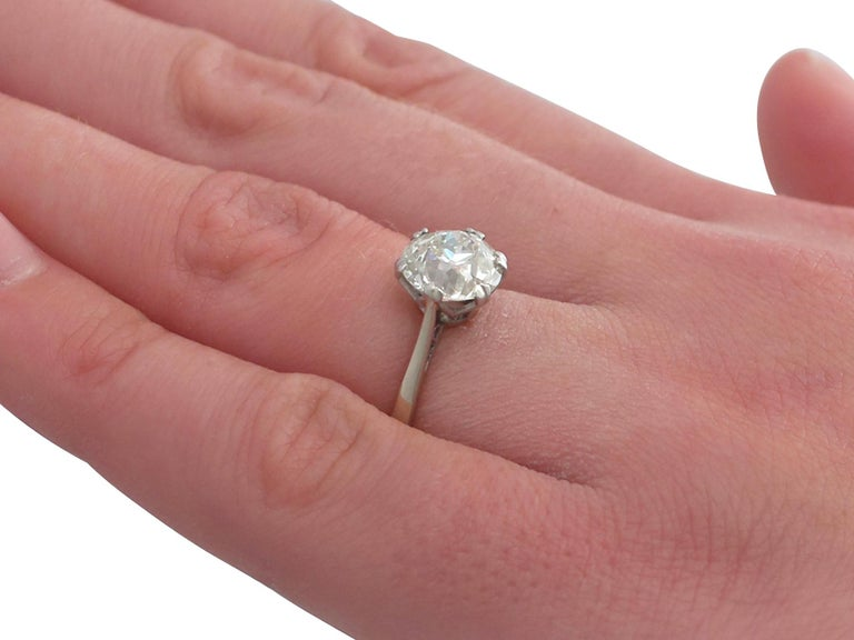 Antique Old Cut 2.31 Carat Diamond and Platinum Solitaire Ring For Sale 3