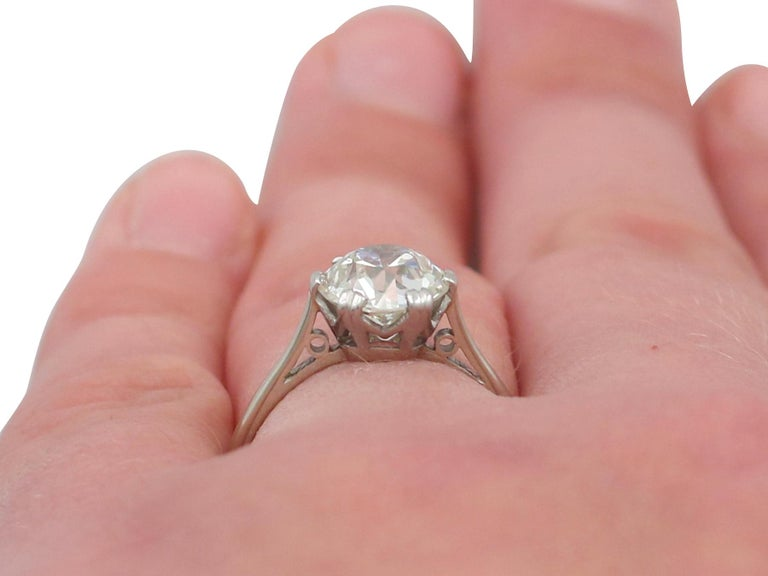 Antique Old Cut 2.31 Carat Diamond and Platinum Solitaire Ring For Sale 4
