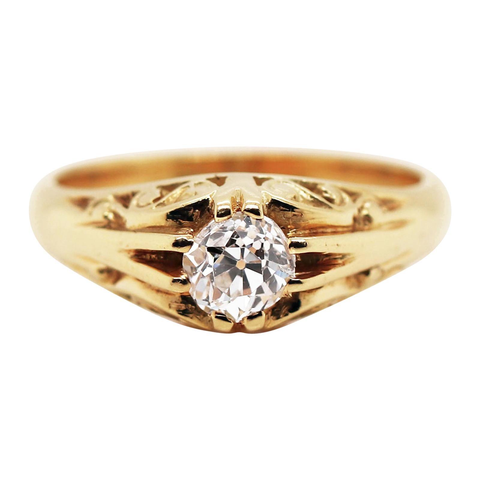 Old Cut Diamond 18 Carat Yellow Gold Gypsy Ring