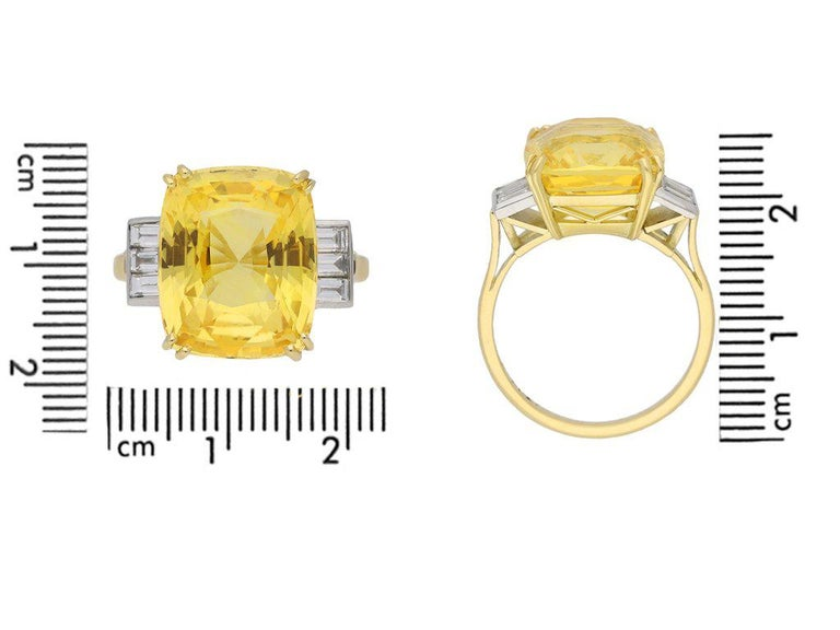 Old Cut Natural Unenhanced Ceylon Yellow Sapphire Diamond Ring In Good Condition For Sale In London, GB