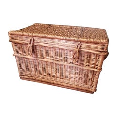 Old Dutch Wicker Basket Made by N.R.M. Den Uijl Hilversum, from 1950s-1960s