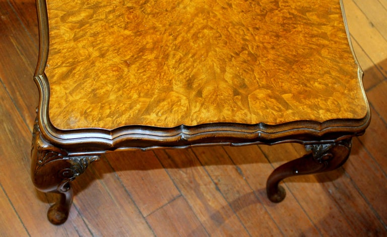 Old English Highly Figured Burr Walnut Georgian Style Carved Coffee Table For Sale 2