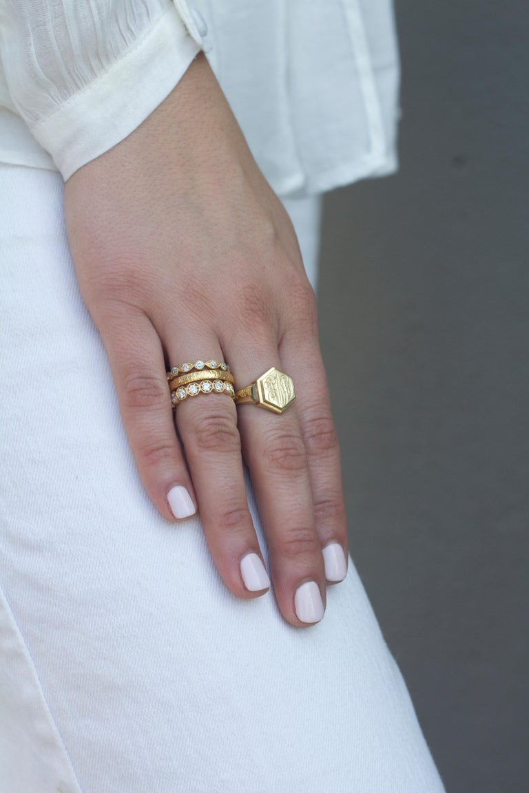 Approx. 1.40 Carat Old European Cut Diamonds Set in a Gold Eternity Band In New Condition For Sale In Los Angeles, CA