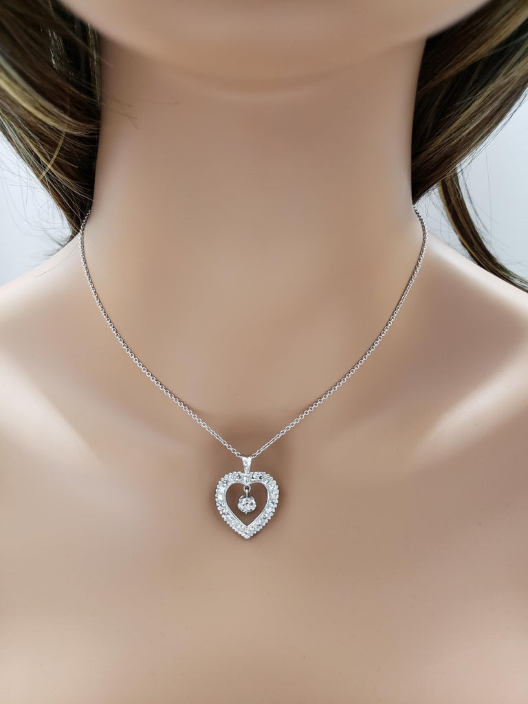 Roman Malakov Old European Cut Diamond Pendant Heart Necklace In New Condition For Sale In New York, NY