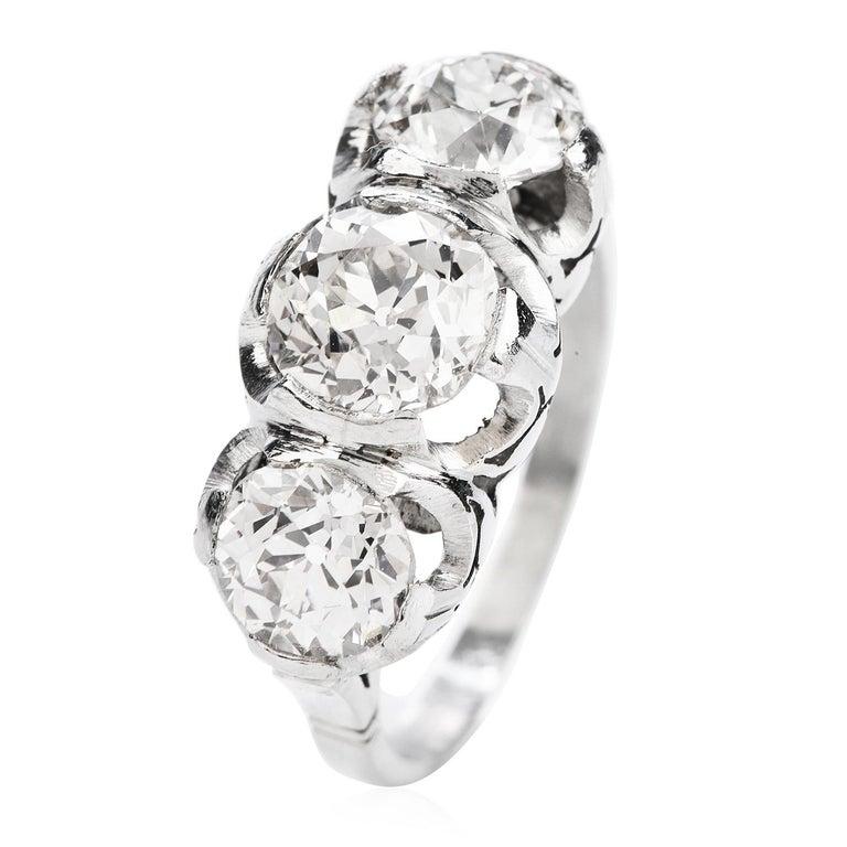 Old European Cut Diamond Platinum Three Stone Ring In Excellent Condition For Sale In Miami, FL
