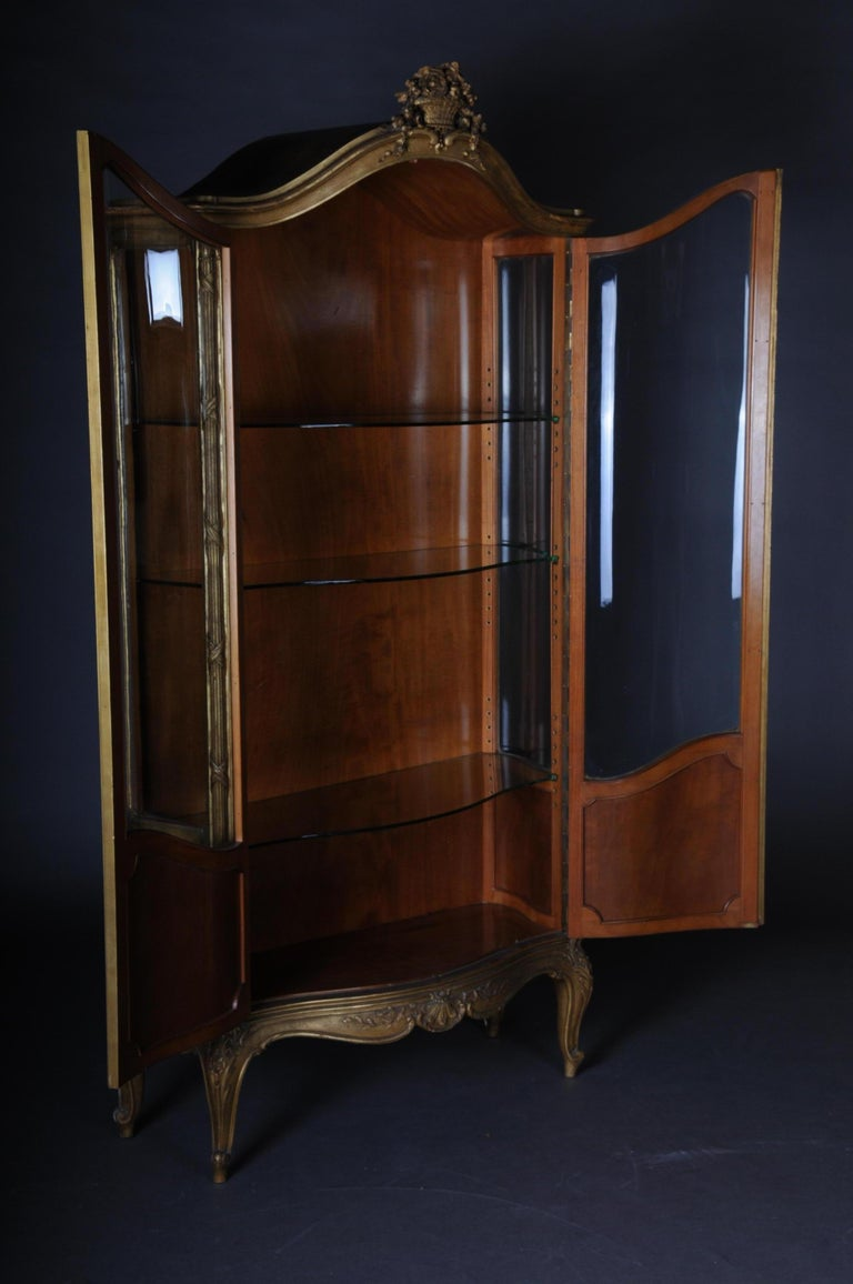 Old French Cabinets Showcase in Louis XV, circa 1900 For Sale 7
