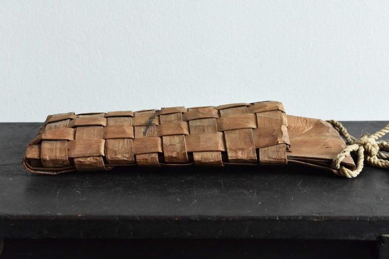 Old Japanese Folk Art / Farmer's Tools Made of Bark / Wall Hangings Vase For Sale 9