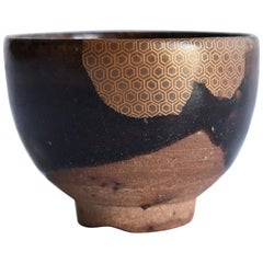 "Old Japanese Pottery ""Black Karatsu"" Kintsugi 17th Century (Edo) / Shot Glass"