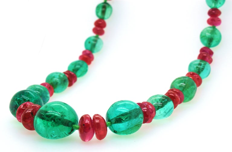 Women's or Men's Old-Mine Emerald, Ruby and Diamond Art Deco Necklace, France, ca. 1920s For Sale