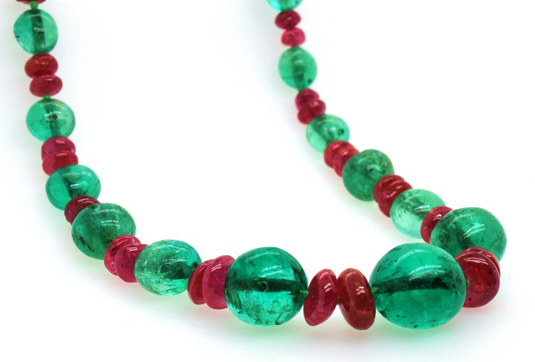 Old-Mine Emerald, Ruby and Diamond Art Deco Necklace, France, ca. 1920s For Sale 1