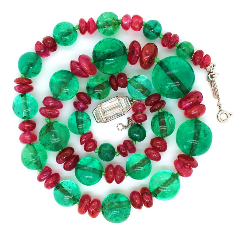 Old-Mine Emerald, Ruby and Diamond Art Deco Necklace, France, ca. 1920s For Sale 4