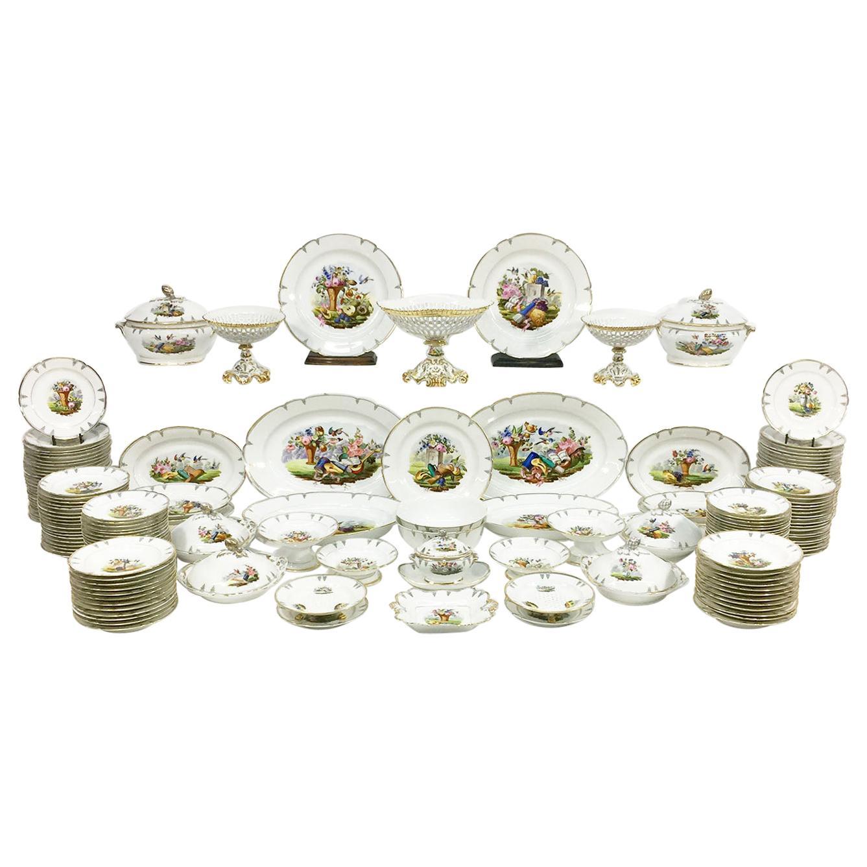 """Old Paris"" Porcelain Dinner Service, 19th Century, France"