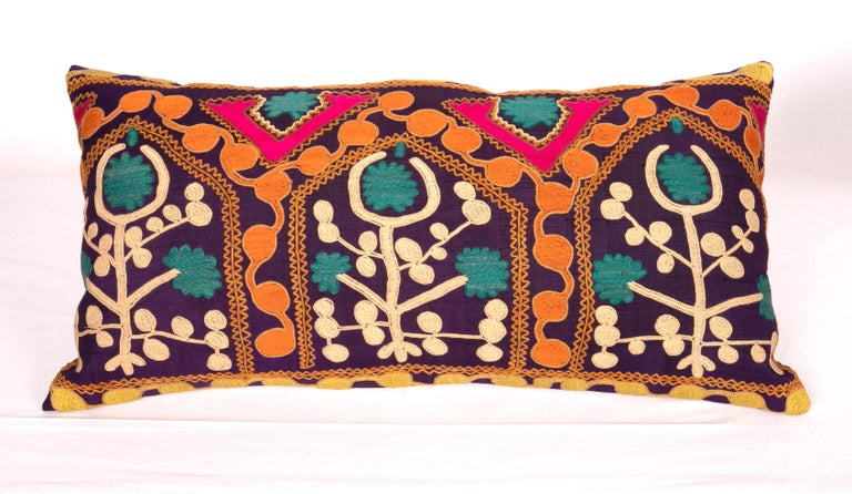 Old Silk Suzani Pillow Cases Made from an Early 20th Century Suzani In Good Condition For Sale In Istanbul, TR
