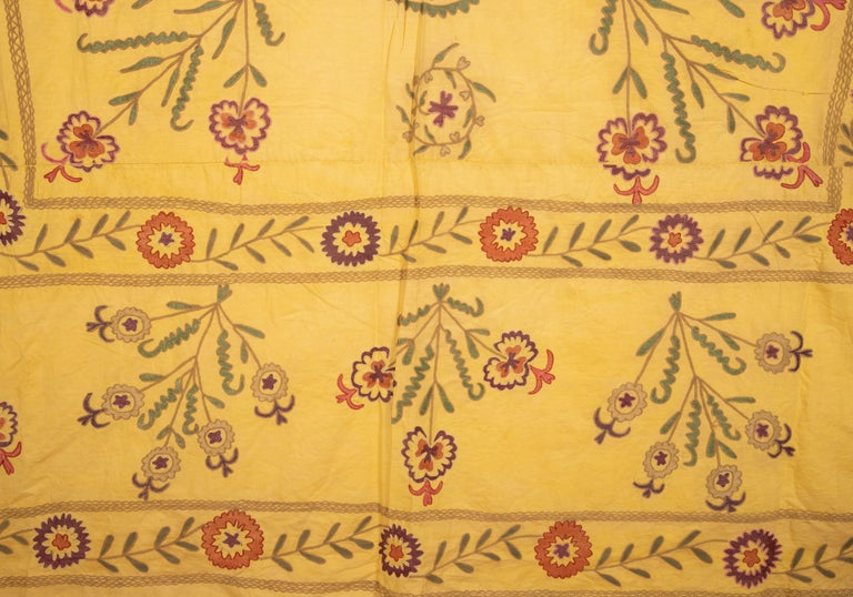 Old Yellow Suzani from Uzbekistan, 1930s For Sale 1