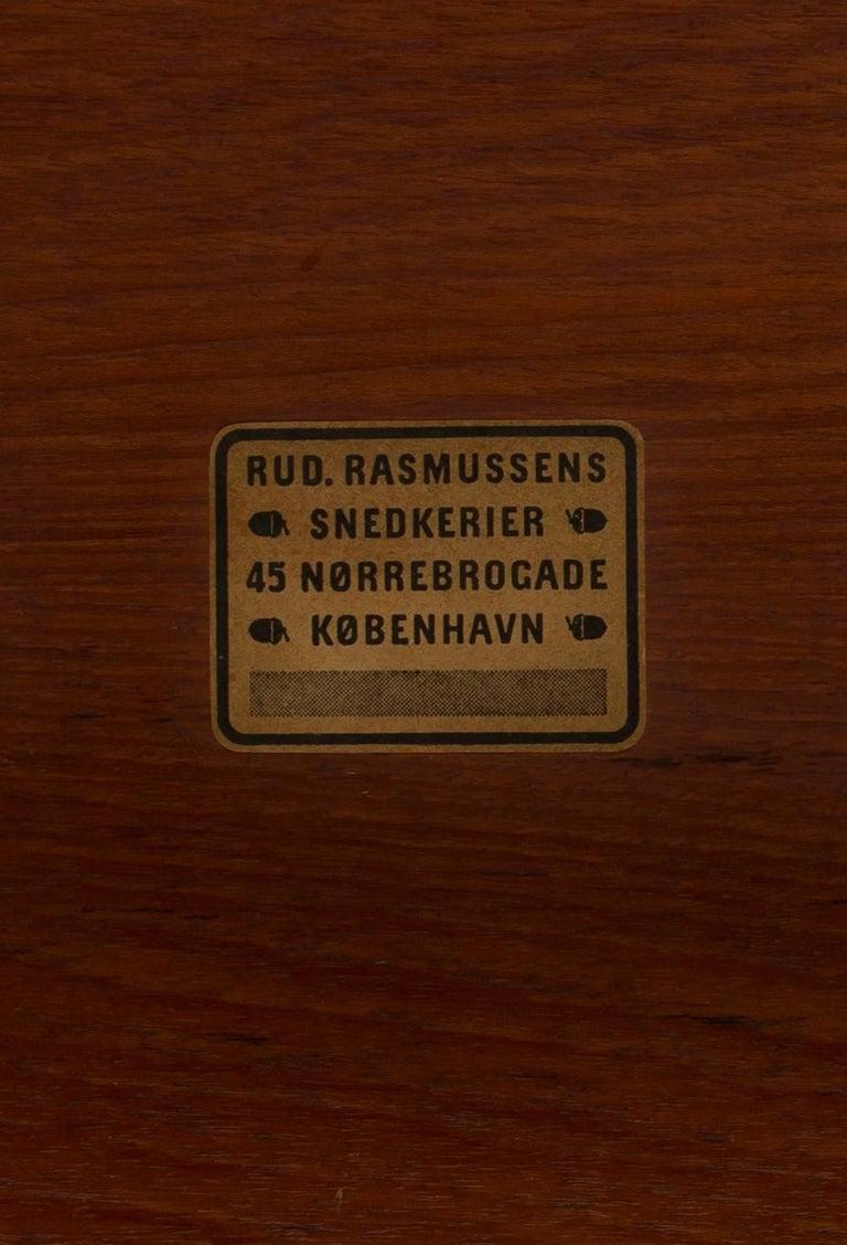 Ole Wanscher Coffee Table for Rud. Rasmussen In Good Condition For Sale In Copenhagen, DK