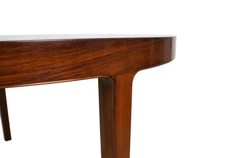 Ole Wanscher Dining Table in Rosewood by Cabinetmaker A.J. Iversen, 1942 For Sale 3