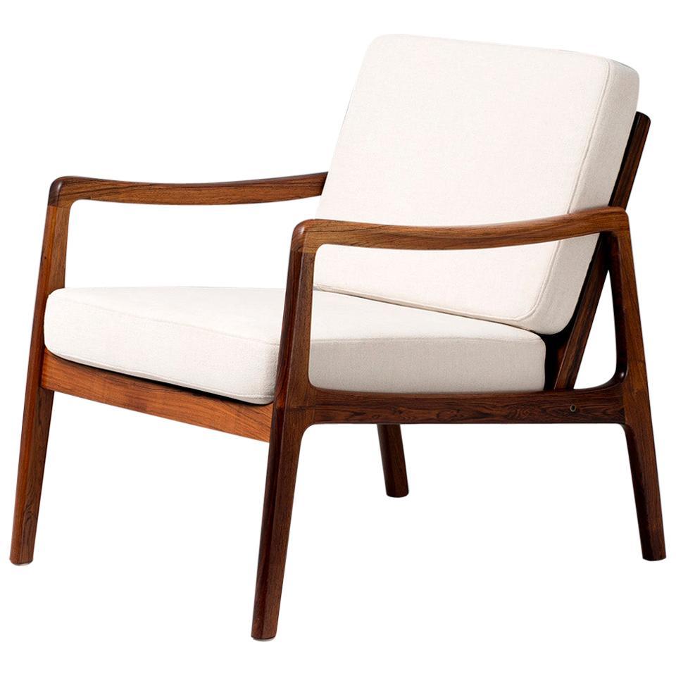 Ole Wanscher FD-119 Rosewood Lounge Chair