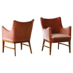 Ole Wanscher Pair of Small Lounge Chairs in Mohair and Mahogany, Denmark, 1950s