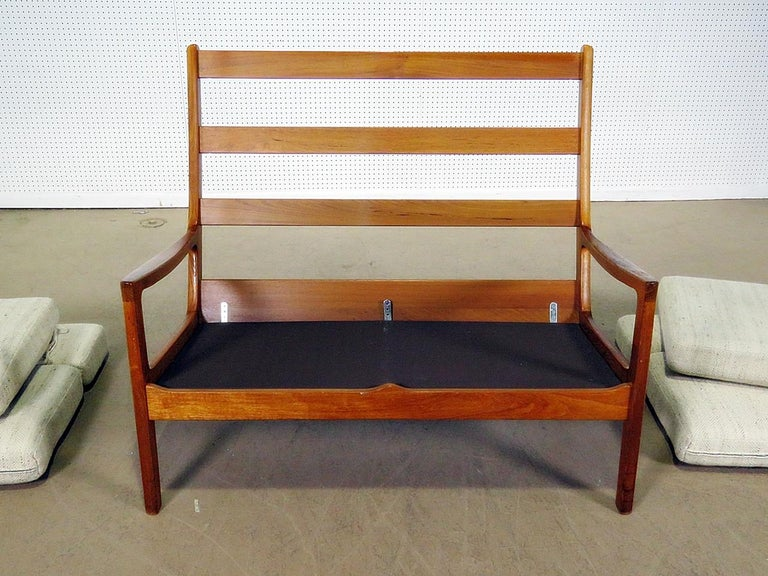Danish Ole Wanscher Senator teak sofa with 4 cushions.