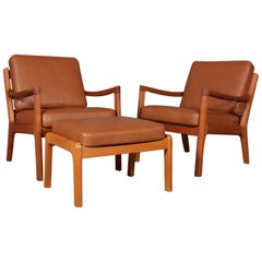 Ole Wanscher Set of Lounge Chairs with Ottoman