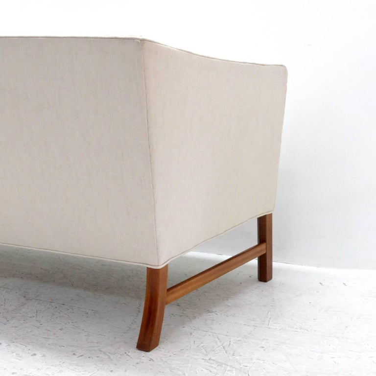 Ole Wanscher Settee, 1960 For Sale 4