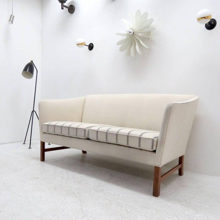 Scandinavian Modern Ole Wanscher Settee, 1960 For Sale