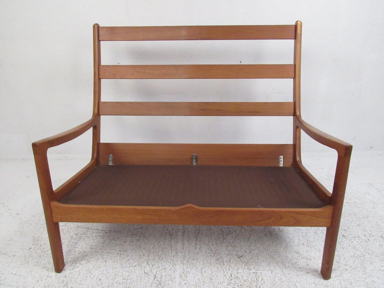 Ole Wanscher Teak 'Senator' Sofa In Good Condition For Sale In Brooklyn, NY