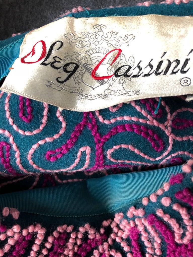 Oleg Cassini 1960s Pink + Fuchsia + Navy Blue Wool 60s Mod Vintage Cloche Hat For Sale 4