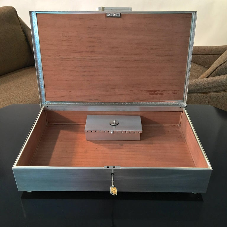 Oligarch Size Sterling Silver Humidor In Excellent Condition For Sale In Hingham, MA