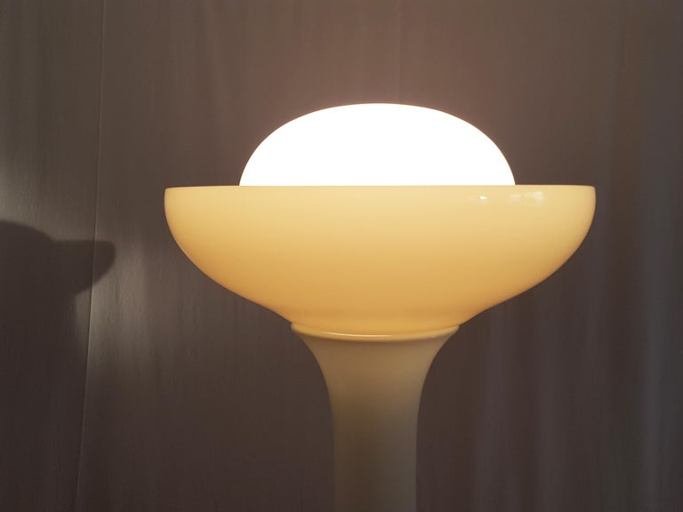 Olive Green and White Murano Glass Floor Lamp by Gino Vistosi for Vistosi, 1960s For Sale 2