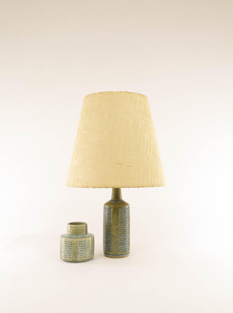 Danish chamotte (texture clay) table lamp with impressed decoration by Annelise and Per Linnemann-Schmidt for Palshus Denmark, 1960s.  Palshus produced a wide range of table lamps, in different patterns, height and colors (various shades of brown,