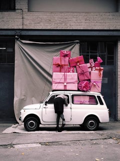Oliver Schwarzwald - Contemporary Photographic Art: Pink Car