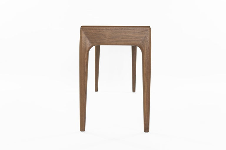 Olivia Console Table by Stamford Modern For Sale 1