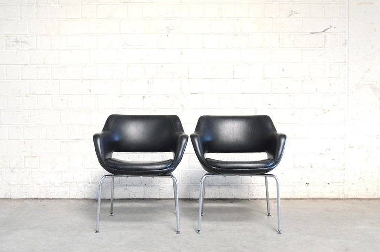 Mid-Century Modern Olli Mannermaa Pair of Leather Kilta Chair by Eugen Schmidt & Cassina Martela For Sale