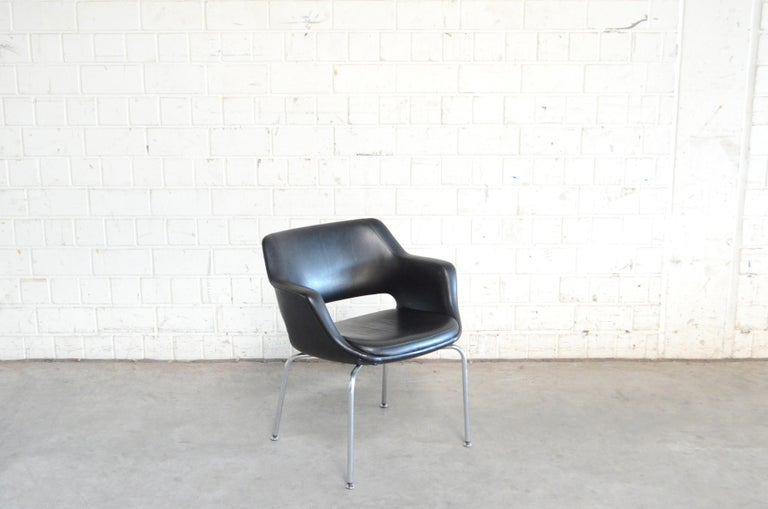 Olli Mannermaa Pair of Leather Kilta Chair by Eugen Schmidt & Cassina Martela For Sale 2