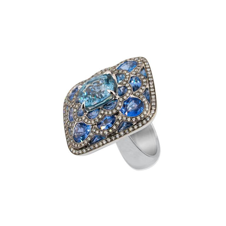 Brilliant Cut Olympus Art Certified, Diamond, White Gold, Sapphire Ring For Sale
