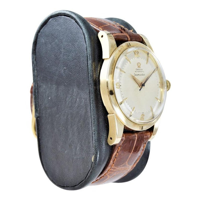 Omega 14 Karat Yellow Gold Seamaster Automatic Winding 1950s with Original Dial For Sale 2