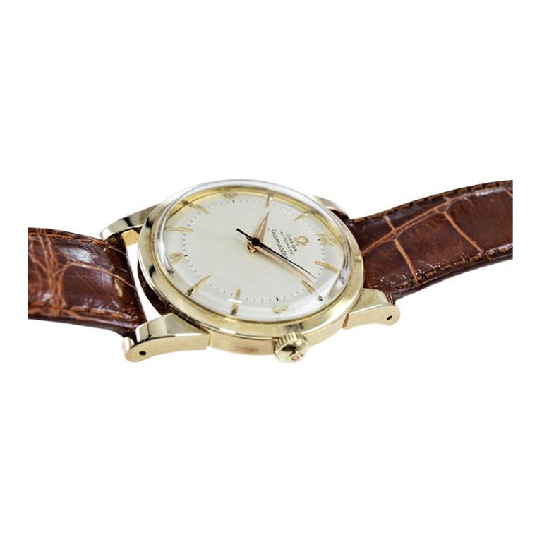 Omega 14 Karat Yellow Gold Seamaster Automatic Winding 1950s with Original Dial For Sale 3