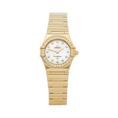 Omega Constellation Diamond Mother of Pearl 18 Karat Gold 11647500 Wristwatch
