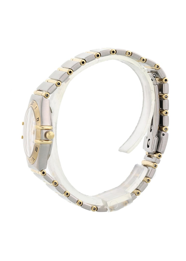 Omega Constellation Mother of Pearl Ladies Watch In Excellent Condition For Sale In New York, NY