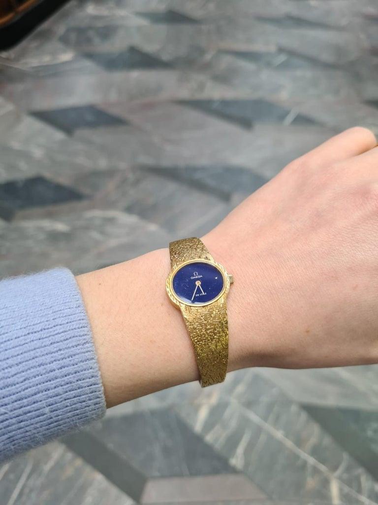 Retro Omega De Ville Ladies 18 Karat Yellow Gold Lapis Lazuli Manual Wind Wristwatch For Sale