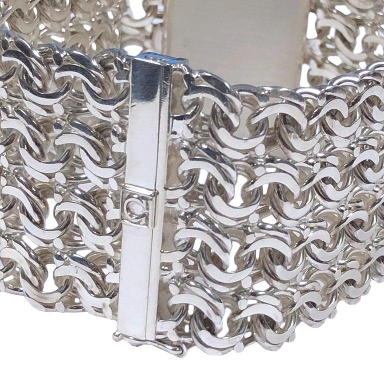 Modernist Omega De Ville Vintage Large Silver Mechanical Bracelet Watch For Sale