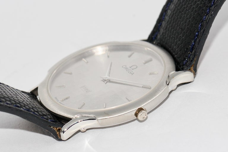 Women's or Men's Omega Flat Platinum Wristwatch For Sale