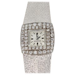 Omega Ladies Wristwatch, 18 Karat White Gold, with Diamonds, Manual Wind