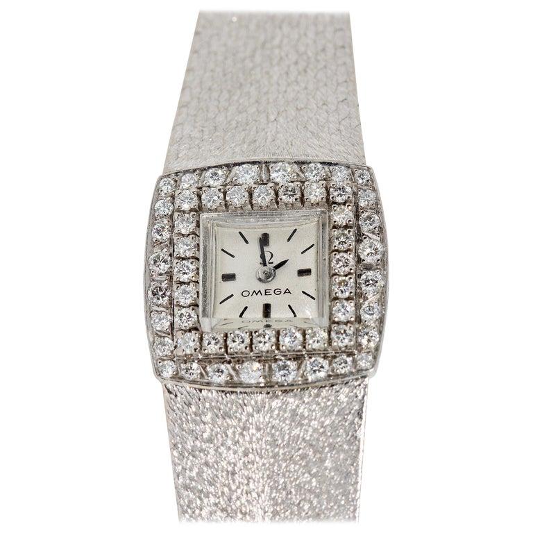 Omega Ladies Wristwatch, 18 Karat White Gold, with Diamonds, Manual Wind For Sale