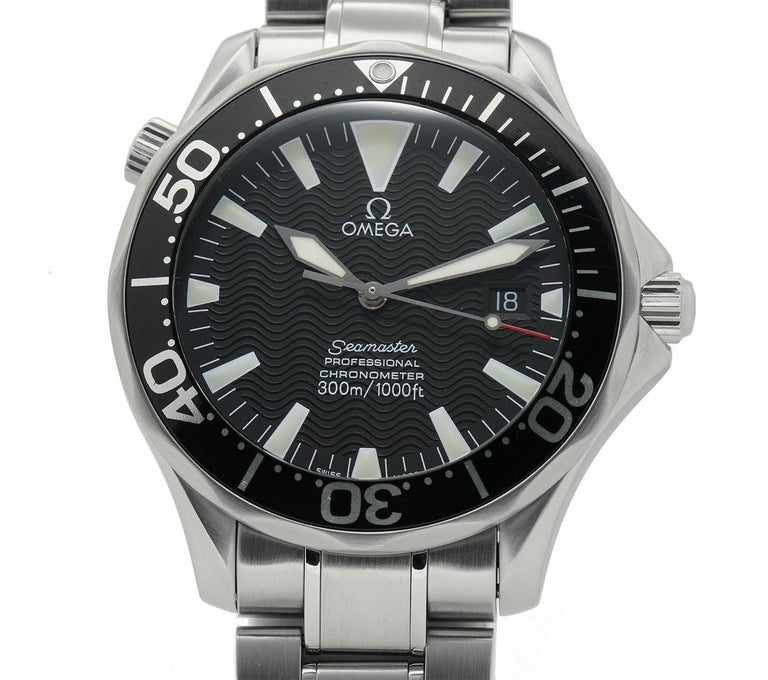Contemporary Omega Seamaster 2254.50.00, Black Dial, Certified and Warranty For Sale