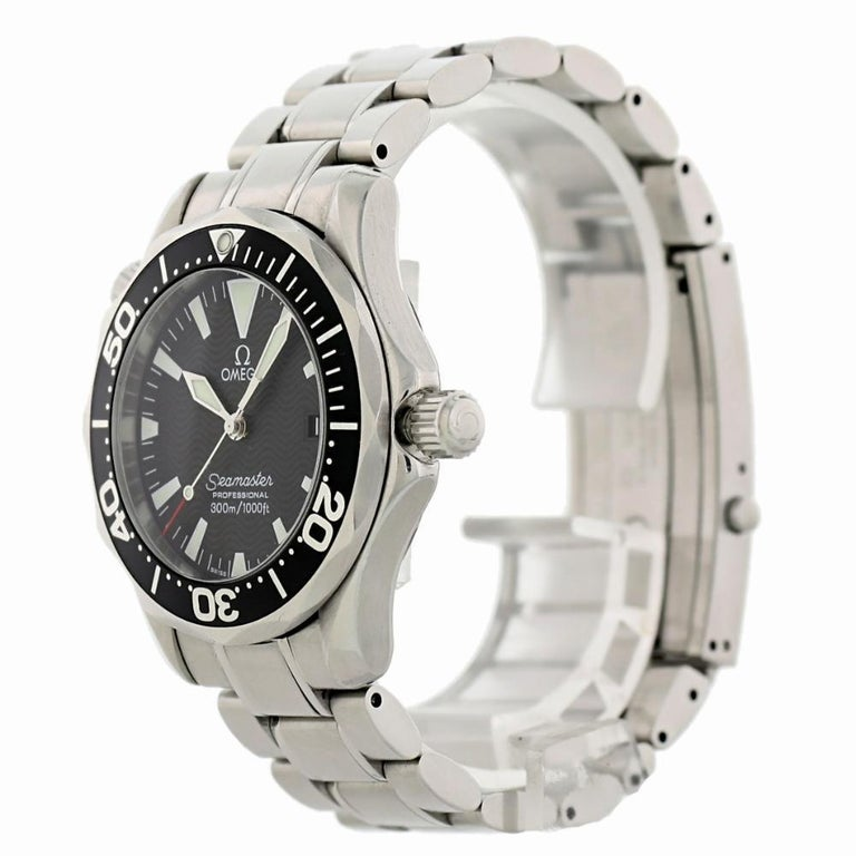 Contemporary Omega Seamaster 2262.50.00 with Band and Black Dial Certified Pre-Owned For Sale