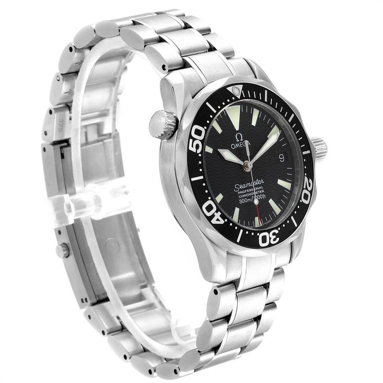 Men's Omega Seamaster Midsize Black Wave Dial Steel Watch 2252.50.00 For Sale