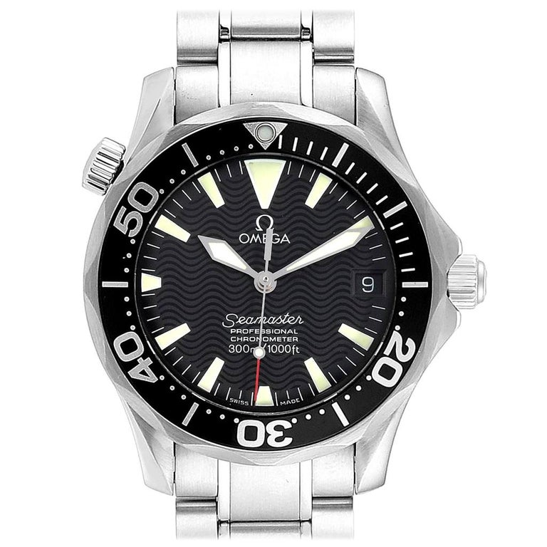 Omega Seamaster Midsize Black Wave Dial Steel Watch 2252.50.00 For Sale