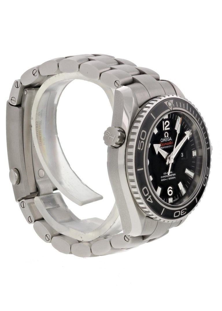 Omega Seamaster Planet Ocean 232.30.38.20.01.001 Men's Watch In Excellent Condition For Sale In New York, NY